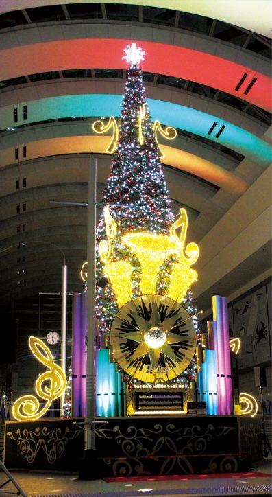 「Play hope Tree〜希望を奏でるクリスマスツリー〜」クイーンズスクエア横浜で点灯
