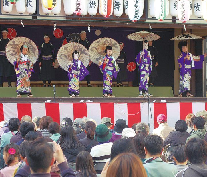 横浜・橘樹神社で子どもたちによる奉納歌舞伎公演「大川端庚申塚の場」