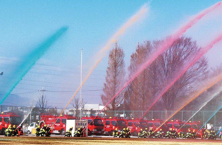 「海老名市消防出初式」日頃の訓練の成果を披露