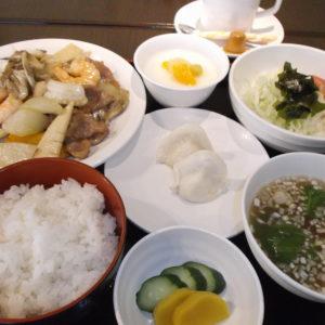 ミニ春巻きまたは杏仁豆腐サービス:中華料理 橙/はだのにぎわいランチフェスティバル