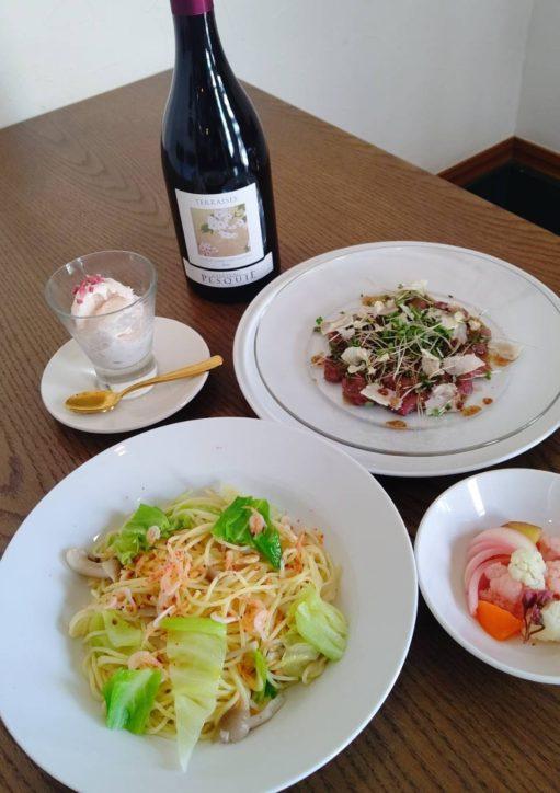 4品からなる桜づくしのSAKURAコース/ワインビストロカルバ(秦野市)