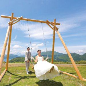大観山園地に新名所登場!愛を誓う「箱根のぶらんこ」@アネスト岩田ターンパイク箱根終点