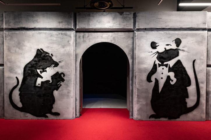 <日本初上陸>一体何者?「バンクシー展」横浜・アソビルに70点以上集結 完全予約で開催