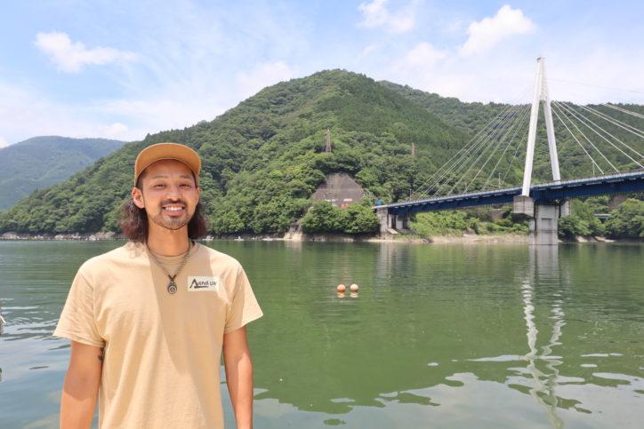 """<移住者レポ>西丹沢で叶えたアウトドアライフ 暮らしも仕事も""""自分らしく"""""""