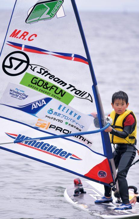 「風を感じよう」ウインドサーフィン&SUP体験教室  五輪内定の須長選手も参加【横須賀市】
