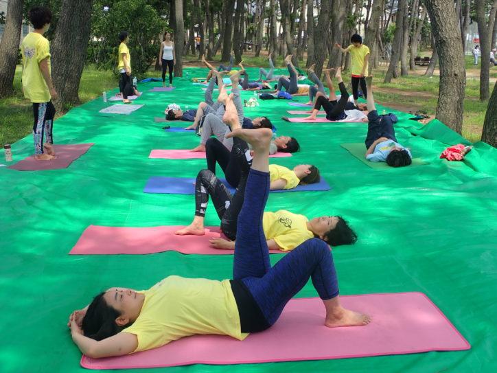 「シニアヨガで健康維持」毎月第2日曜日開催@県立辻堂海浜公園(藤沢市)