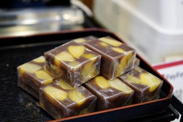 小さい秋みぃつけた♪御菓子司 松月の「栗こがね」