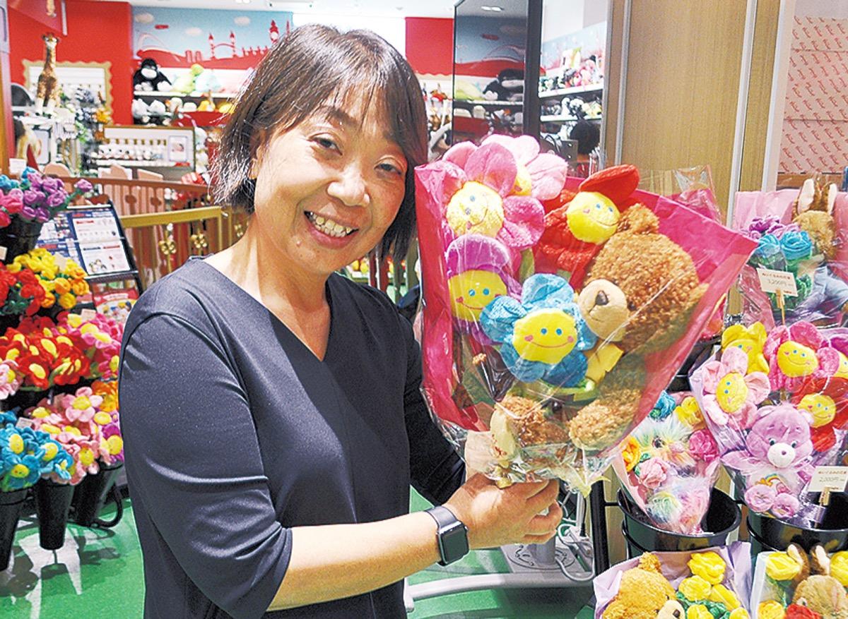 横浜ワールドポーターズの『ハムリーズ』内に日本最大級ぬいぐるみギフト専門店がオープン