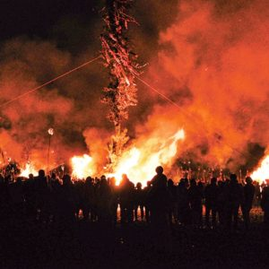 400年続く伝統の火祭り「大磯の左義長」2021年は初の中止