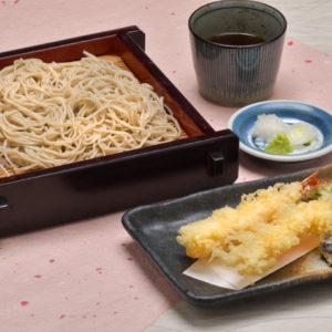 平日のみソフトドリンク1杯サービス:一の屋 鶴寿庵/はだのにぎわいランチフェスティバル