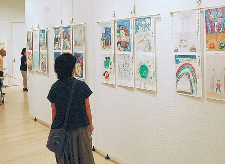 「やまと国際アートフェスタ」国際色豊かな作品を展示 各賞への投票はネットからも @シリウス
