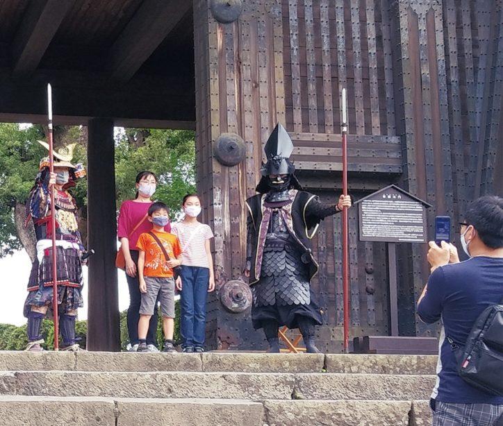 「北條手作り甲冑隊」が再出陣!小田原城の門番として日曜日に登城者をお出迎え!