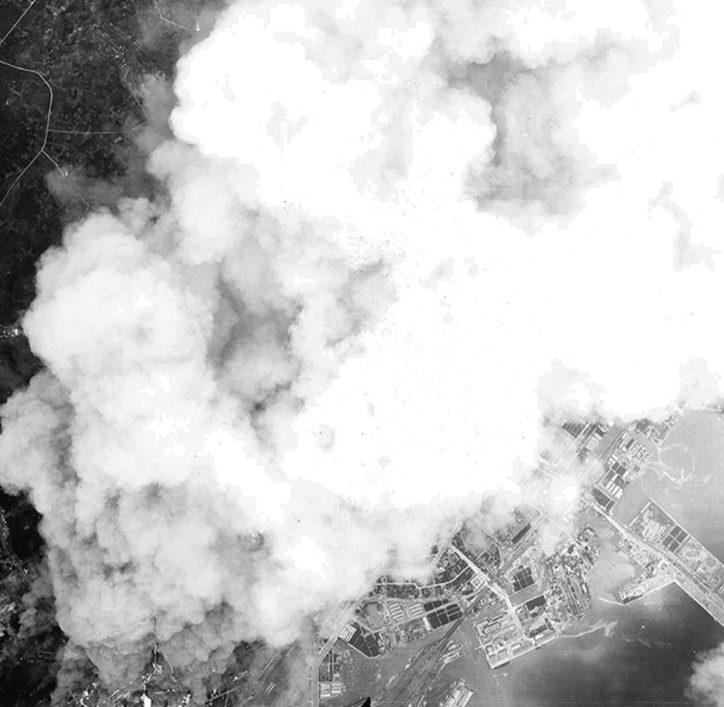 横浜大空襲の記憶たどる 平和のための戦争展@かながわ県民センター