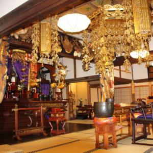 【住職に聞く】お寺で丁寧に供養する葬儀の大切さ「心温まるお別れを」横浜・川崎からほど近い寿徳寺