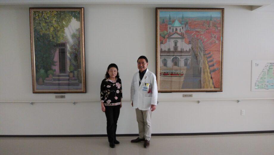 井田病院へ寄贈時の写真