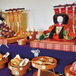 明治・大正期の雛飾りを展示  金沢区野島の旧伊藤博文別邸で3月21日まで