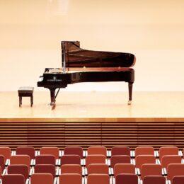 <10組限定>三浦市民ホールでスタインウェイを弾こう!