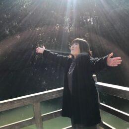 【体験取材レポ】川崎でよく当たると噂のカード占い師・日原順子さんに占ってもらった!ポジティブになれる素敵なアドバイスも