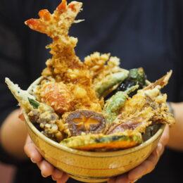香り高い蕎麦を心ゆくまで。メガ盛りメニューに全国のお酒、甘味処としても人気のそば茶屋「正庵」@小田原市