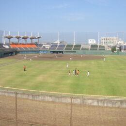 五輪候補も出場予定 茅ヶ崎公園野球場で女子ソフトボールのリーグ戦