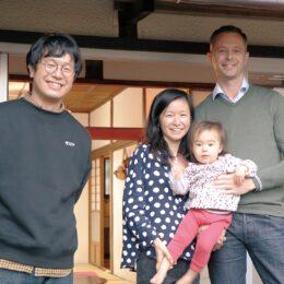 【小田原市・移住レポート】豊かな暮らしが「断然安い」 アバーソンさん家族