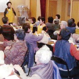 会食会で一人暮らしの高齢者支える<小田中央町内会>