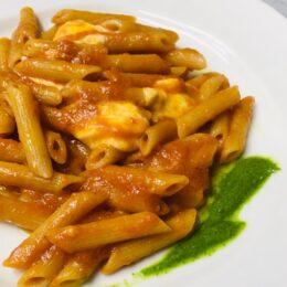 秦野愛とイタリア愛にあふれる店主が秦野の食材の良さをイタリア料理で伝えるお店/トラットリアフーコ(はだの産農産物応援サポーター店)
