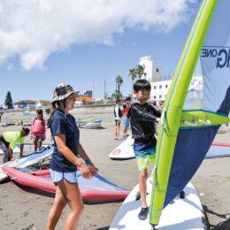 1期生募集!ウィンドサーフィン選手<横須賀市内在住の小学5・6年生対象>現役プロが講師
