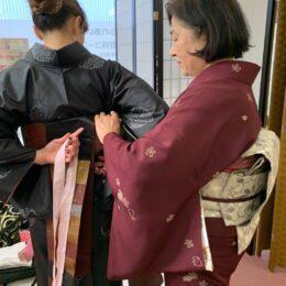 【魅力紹介レポ】憧れの着付けレッスンが1回60分500円!歌舞伎鑑賞や風流な屋形船ランチも着物ではんなり〈無料体験あり〉
