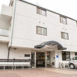 【軽費老人ホーム睦荘】横浜市瀬谷区で待機待ちの人気施設。その理由は「自立した生活」と「安価な入居費用」にあり!