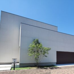 【モデルハウス潜入レポ】HOMA(ホーマ/株式会社ナック)を訪ねてみた。カッコいいガレージモデルハウス。〝豊かな未来を約束する家〟がここにある