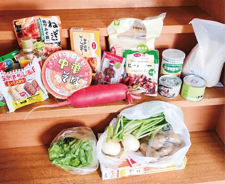 配布される食品の例