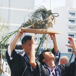 本牧 伝統つなぐ本牧神社「お馬流し」中学生の境内演奏は再開 同時開催ペットボトルライトで町を照らす【8月7日・8日