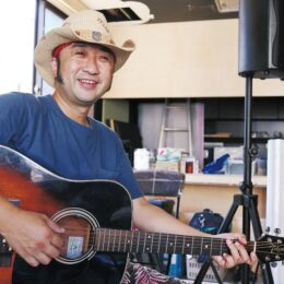 ミュージシャン・片山誠史さん 39年の歴史を紡いだ老舗ライブバーの再オープンは「茅ヶ崎」で
