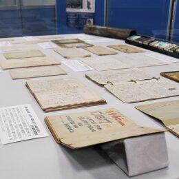 横浜市史資料室展示会 日記から見える戦中・戦後 中央図書館で9月23日まで