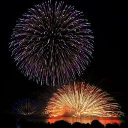打上花火をドローン撮影 秦野市公式ユーチューブ「はだのモーピク」で公開中